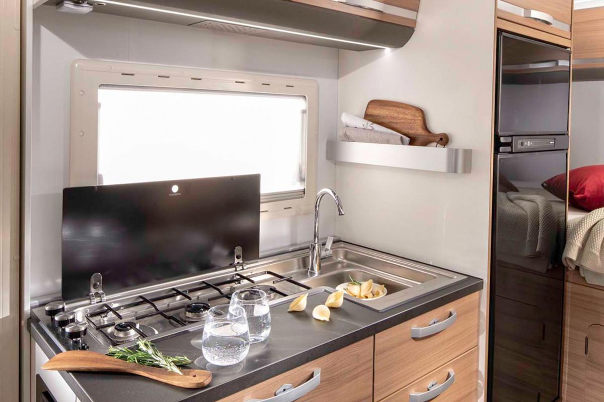 Adria Coral XL Axess Cucina