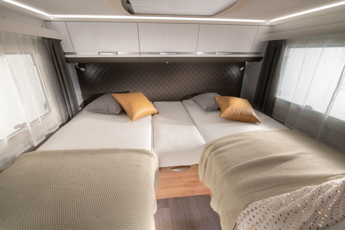 Adria Coral XL Plus letto singolo doppio