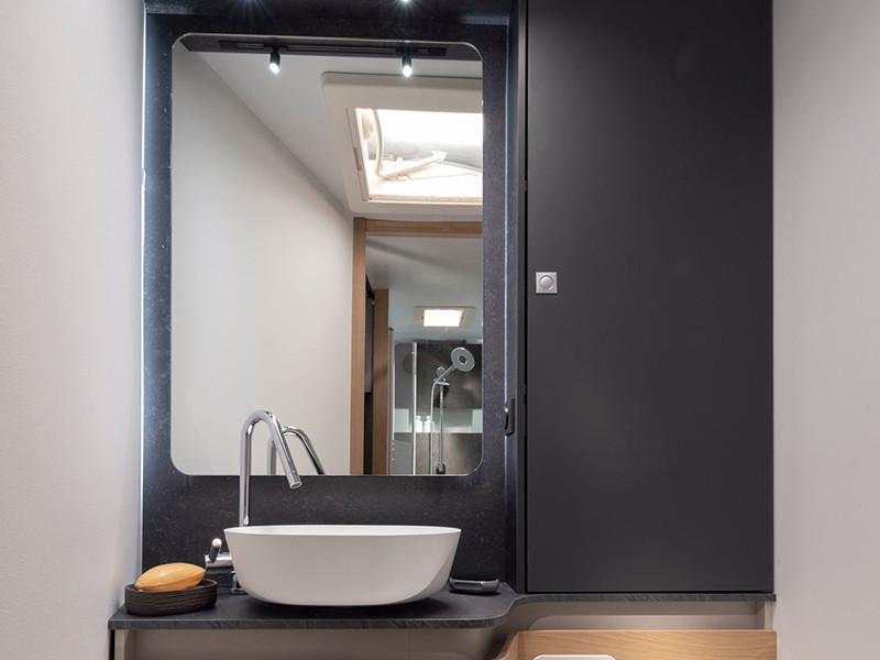 Adria Matrix bagno
